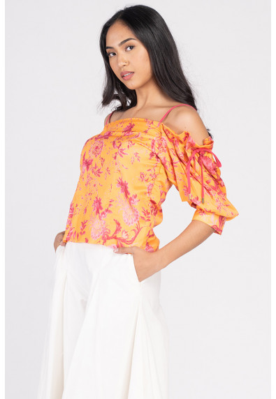 VIVID OPTIMISM VIKTORIA QUARTER SLEEVES TOP