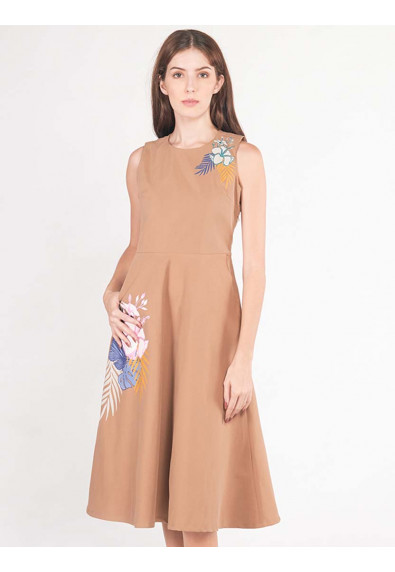 LUSH ISLAND AMARANTH SLEEVELESS DRESS